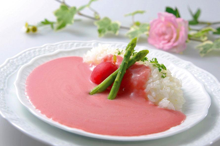 きれいなピンク色、でもしっかりカレーの味!鳥取の新名物「ピンク華麗」 鳥取県鳥取市