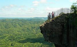断崖絶壁から地獄をのぞくと……!見どころたっぷりの鋸山へドライブ 千葉県鋸南町