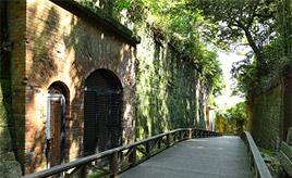無人島は異次元への入口!?猿島で幻想的なスポットをめぐろう 神奈川県横須賀市
