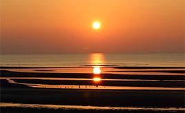 【恋叶ロード 3】夕日にうっとり!「真玉海岸」でロマンティックなひとときを 大分県豊後高田市