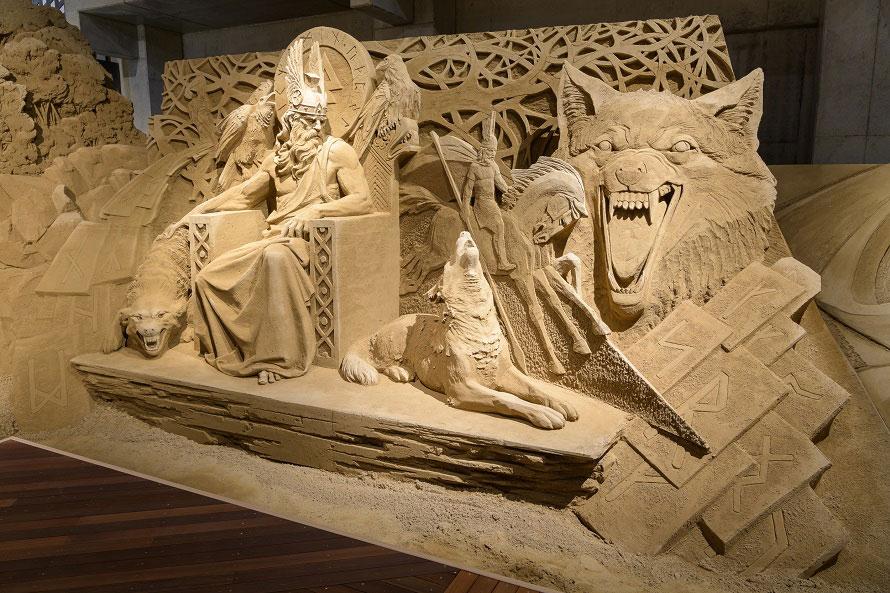 北欧の大自然や神話、アンデルセン童話の世界など、北欧の歴史と文化を砂像で表現。