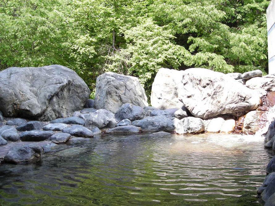温泉施設は「山桜の湯」と「リンドウの湯」があり、日によって男湯・女湯が入れ替わる。
