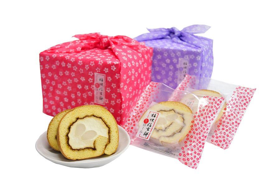 昭和43年(1968)発売の桔梗信玄餅を洋菓子として再現した「桔梗信玄餅生ロール」。5切入り920円。