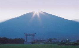 万葉集でも詠われる「三輪山」の絶景を眺め、古の風景を楽しもう! 奈良県桜井市