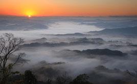 冬は雲海を見るチャンス!丘陵が幾重にも重なり合う絶景を堪能しよう 千葉県君津市