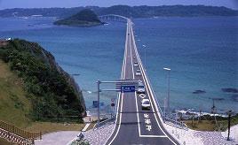 爽快なドライブを満喫!コバルトブルーの海を渡る角島大橋へ行こう 山口県下関市