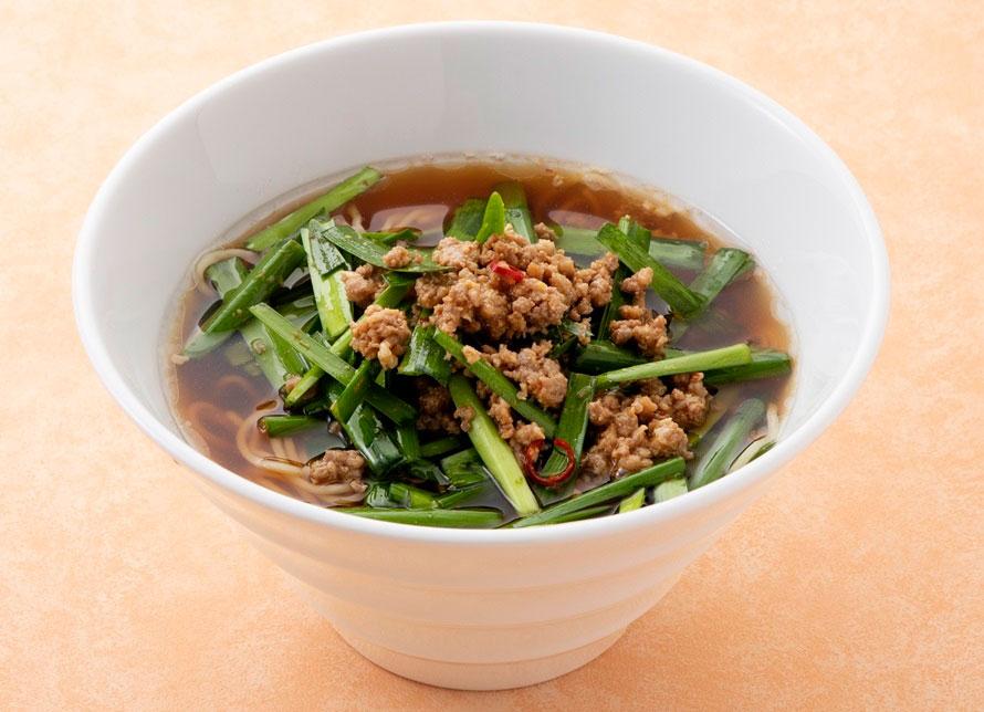 挽肉と甘めのスープが、特産品のニラと相性ピッタリ!「ニラ中華そば」750円(税込)。