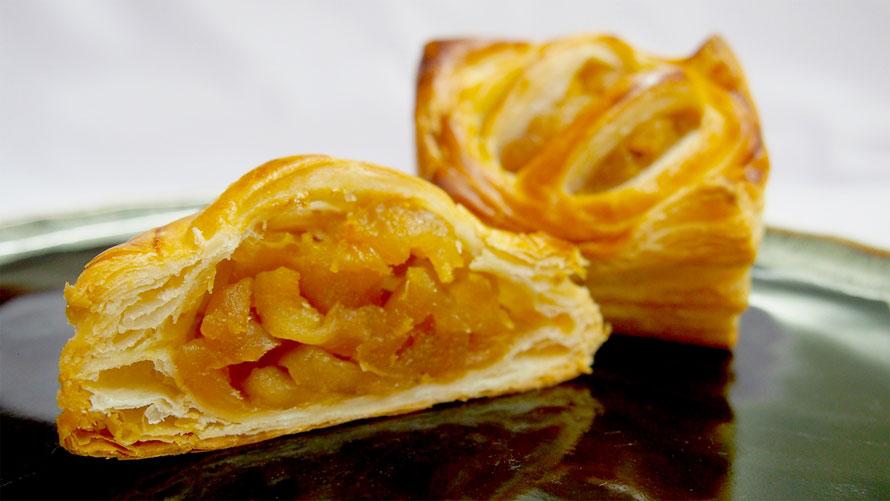 お土産のイチオシは、国産小麦100%、豊丘村産のふじりんごのみを使用した「りんごの産地のアップルパイ」194円(税込)。やさしい甘さが口の中に広がる手作りの逸品で、夏は冷やして食べるのもおすすめ。