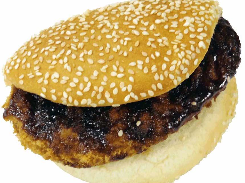 ベーカリー「Bread Corner」からは、地元食材を使った鶴巣PA(上下線ともに)限定商品が新登場。仙台味噌で味付けした「仙台味噌のやわらかカツサンド」380円(税込)は甘辛さがたまらない一品。