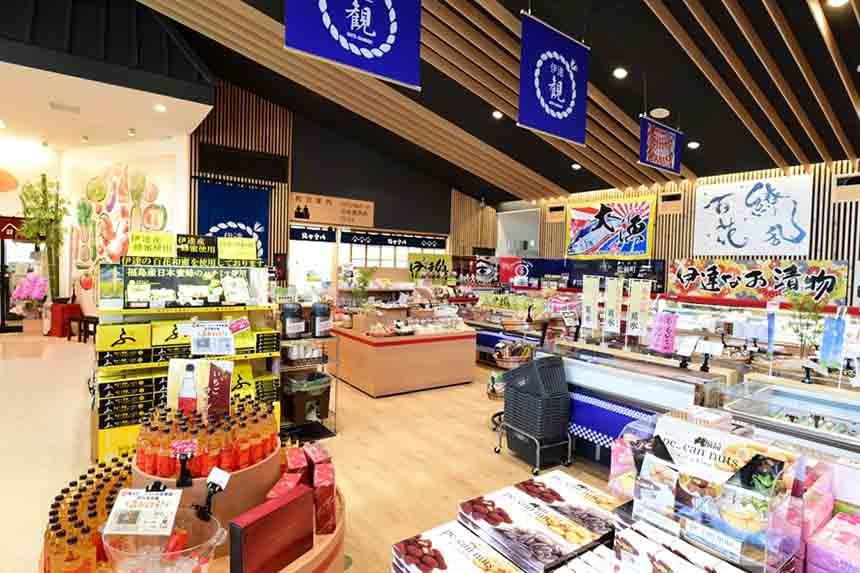「農産物直売所」や「物販コーナー」はオープンから1周年を迎え、店内をさらに見やすくリニューアル!ますますパワーアップした店内をチェックしよう。