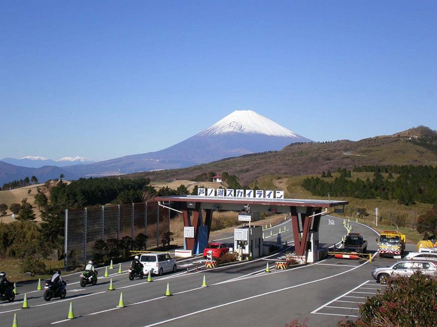 富士山を見ながら爽快、絶景ドラ...
