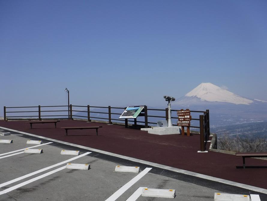 西丹那駐車場からみた富士山。