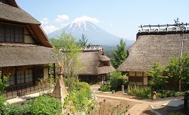 日本の原風景に癒される!富士山とかやぶき集落が美しい西湖いやしの里根場 山梨県富士河口湖町