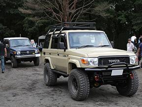 500台のランドクルーザーが富士山の麓に集う
