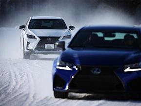 レクサスが氷雪の上を駆ける! 十勝スピードウェイでイベント開催 No.1