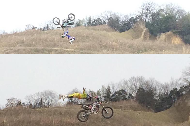 バイクとともに空中で1回転したり、バイクから離れたりと・・・すごいの一言