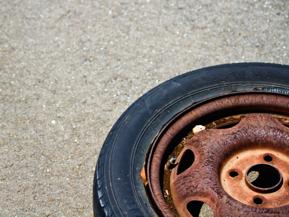 縦積みor横積み?タイヤを長持ちさせる保管方法
