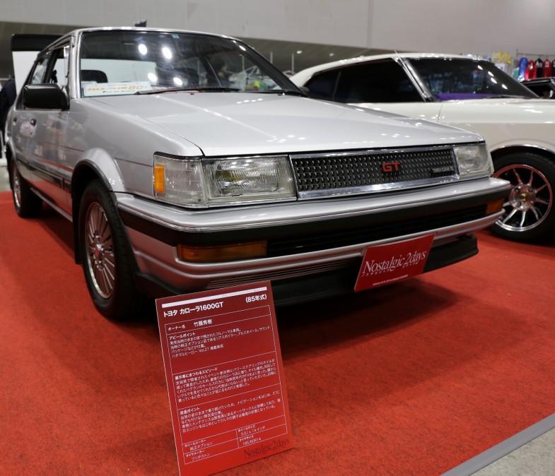 トヨタ・カローラ1600GT。オーナーは当時の状態を維持するためにカーナビやETCなどを一切取付けないのがこだわり