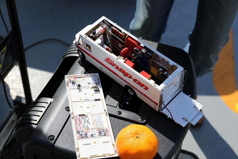 工具メーカー「Snap-on」のサービストラックのミニカー。内装の作り込みが驚くほど細かい!