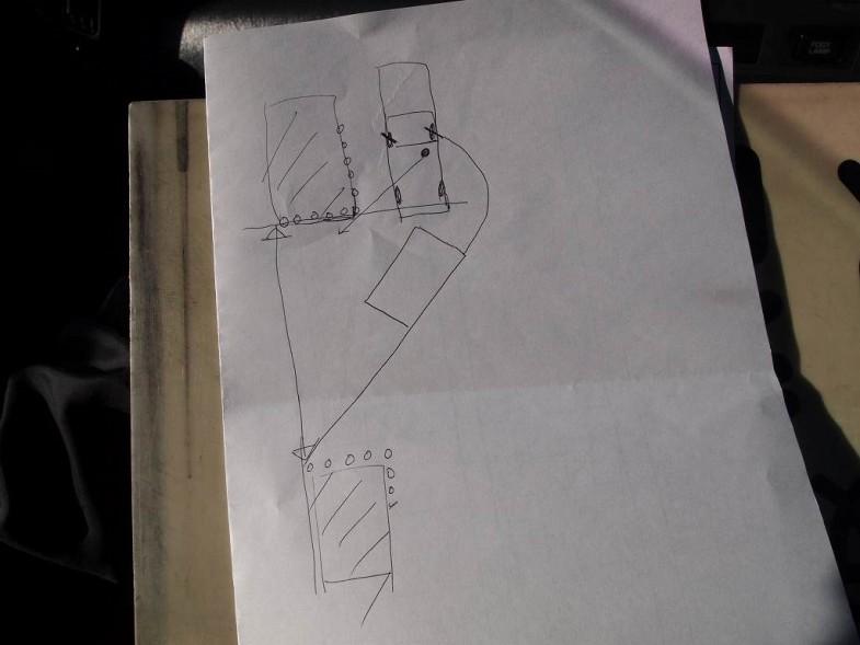 ポールの位置(実地では前後のクルマの位置)と、自分のクルマの位置関係とタイミングを覚れれば縦列駐車は簡単とのこと