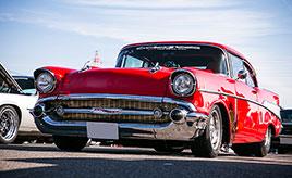 【鈴鹿サウンド・オブ・エンジン2018 愛車紹介】フィフティーズカーの代名詞をドラッグモデファイ!ゼロヨン10秒台を叩き出す1957年式シボレー・ベル・エア
