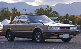 【GAZOO愛車広場 出張撮影会】一目惚れから持ち主へ直談判し愛車へ。80年代の高級セダンらしさが詰まった初代ソアラ