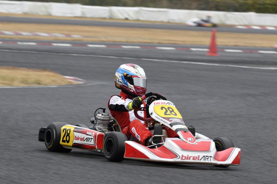 来シーズンは全日本カート選手権と、さらにステップアップを目指す。その眼差し一人前のレーサーだ。