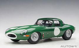 レースでの勝利のために生産された希少なレーシングカー ~ミニカー「1/18スケール ジャガー ライトウェイト Eタイプ」