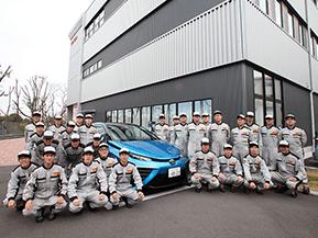【トヨタ東京自動車大学校】資格取得率・就職率100%!全国から学生が集まる、その魅力を徹底解剖!