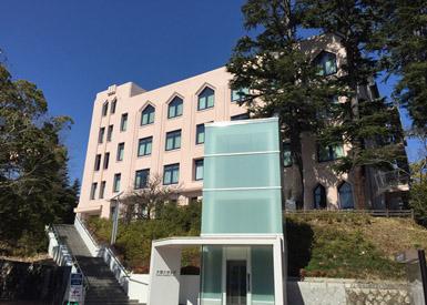 大阪府内の3ヶ所に広大なキャンパスを有する大阪大学。写真は豊中キャンパスの一部