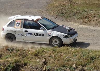 2014年度末で引退するダートトライアル専用部車の三菱・ミラージュ。現在はニューマシンである三菱・FTOを部車として準備している