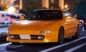 20才のオーナーが惚れ込む、ランボルギーニ ムルシエラゴのオレンジを纏った最終型トヨタMR2