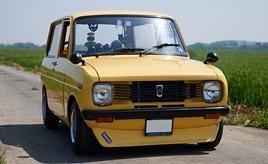 充実のカーライフと人の縁を運ぶ、幸せの黄色いマツダ・ポーターバン (KBAA33型)