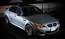 決め手は10連スロットル!23歳の若者が人生初の愛車に選んだのは、2006年式BMW・M5(E60型)