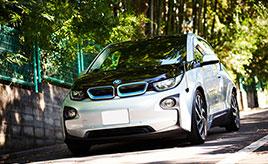 産まれた愛娘のために、クルマの設計士が選んだファミリーカーは2015年式BMW・i3 レンジエクステンダー