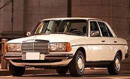 """1984年式メルセデス・ベンツ・280E(W123型)と24歳のオーナーとの""""心地良い""""関係"""