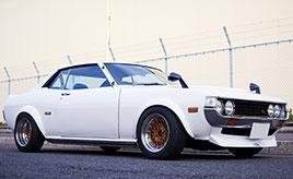 中身は現代仕様の1976年式 トヨタ・セリカ改 ST(TA35型) はショップのデモカー。「レストモッド」に挑戦するオーナーの物語
