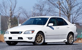 新車から20年。わずか100台の限定車、1999年式トヨタ・アルテッツァ 280Tは家族同然の存在(SXE10型)