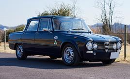 現車を見ないで即購入!?「クルマのベテラン」が愛でる1971年式アルファロメオ・ジュリアスーパー1300の魅力とは