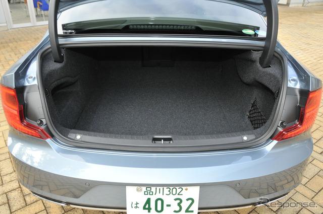 ボルボ S90 T6 インスクリプション