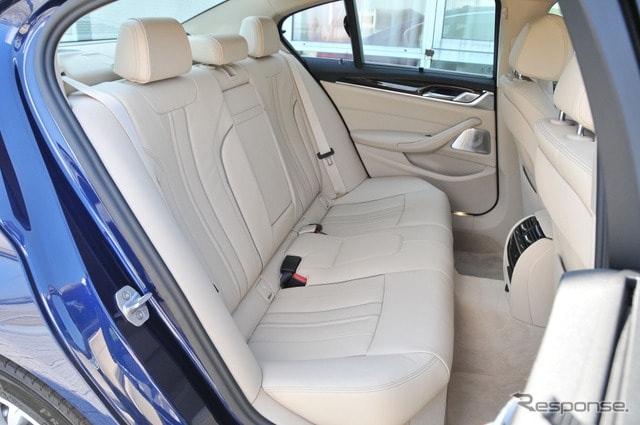 BMW 523dラグジュアリー