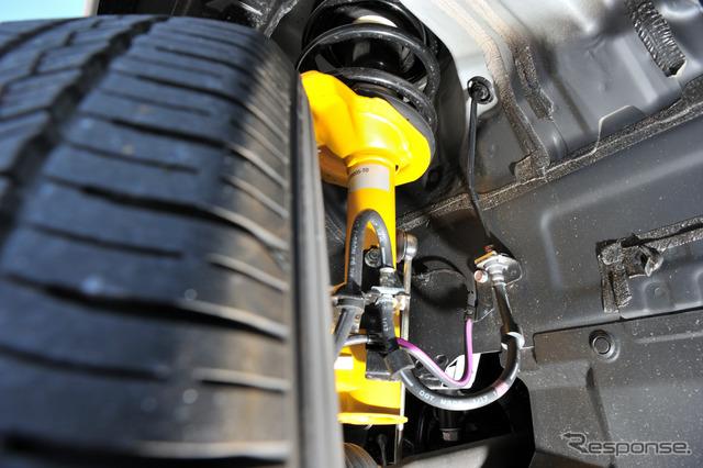 【三菱 アウトランダーPHEV Sエディション 試乗】欧州仕様のサスは高速で真価を発揮する…丸山誠