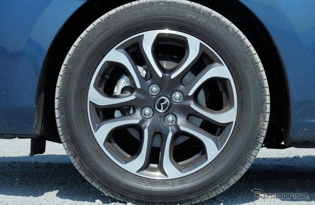 タイヤサイズは185/60R16というちょっと特殊なもので、リプレイスの選択肢は少ない。