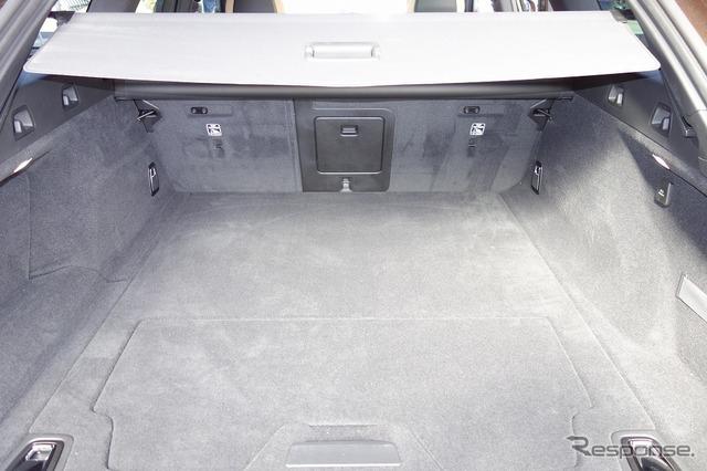 ボルボ V90クロスカントリー T5