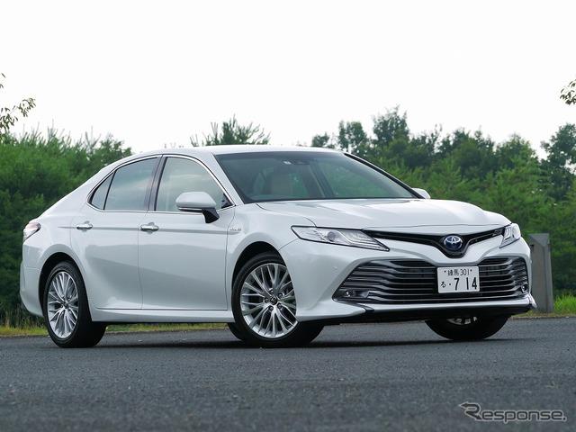 トヨタ カムリ 新型(レザーパッケージ車18インチ)