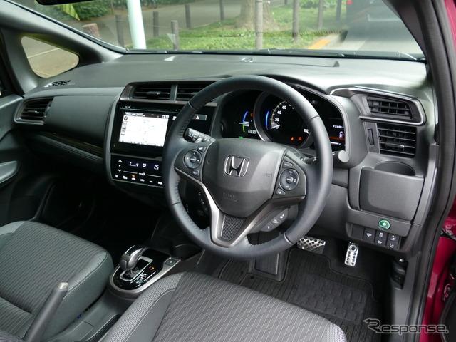 ホンダ フィット HYBRID・S Honda SENSING