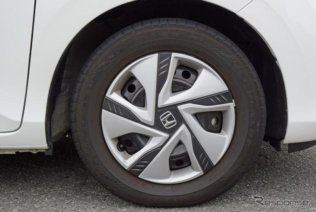 タイヤはおなじみの省燃費モデル、ブリヂストン「エコピアEP150」