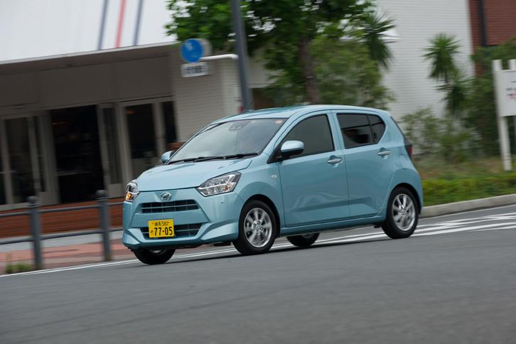 """フルモデルチェンジで大幅な軽量化を実現した「ミラ イース」。今回のテスト車である「G""""SA III""""」の車両重量は670kg。"""