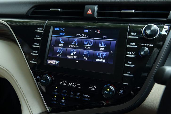 """「G""""レザーパッケージ""""」には、タッチ式の8インチディスプレイを採用した「T-Connect SDナビゲーションシステム」が標準で備わる。"""