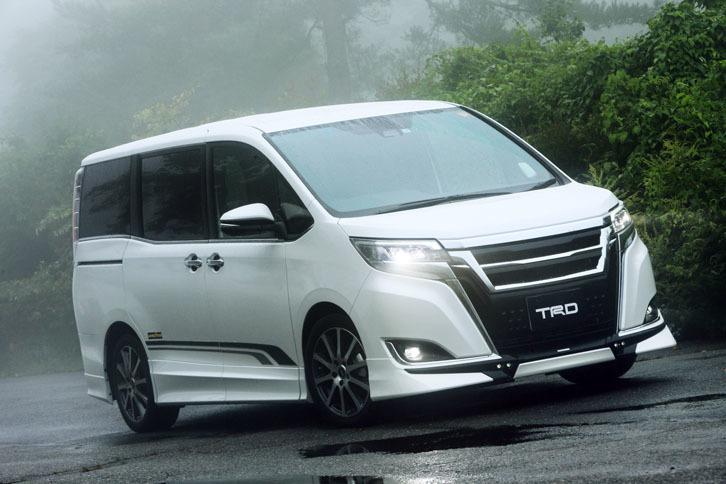 """トヨタ・エスクァイアGi""""プレミアムパッケージ""""TRD"""